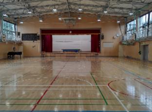 東京都 小学校体育館の工事後の清掃 9.11,12(2日間)