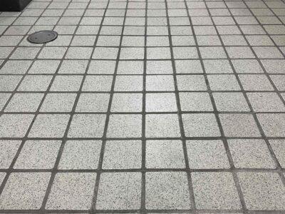 東京都 オフィス現状回復 共用部タイル洗浄 8.10